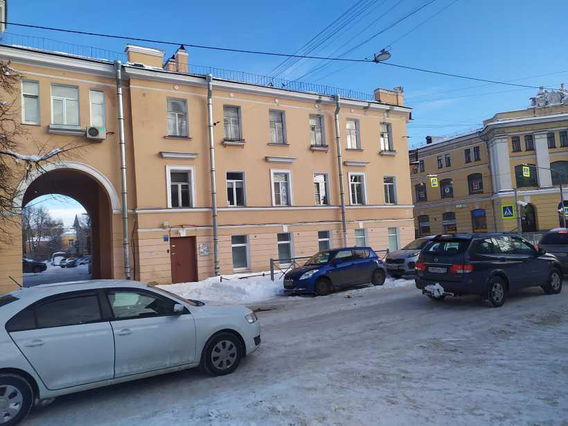 ул. Труда 10