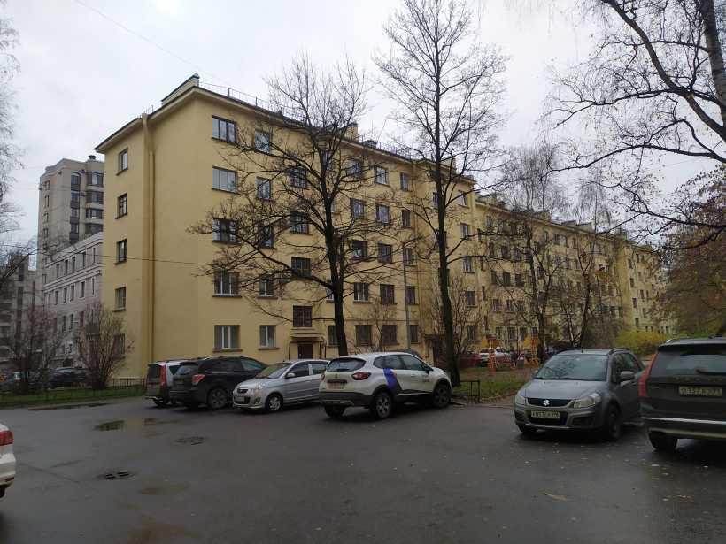 ул. Смолячкова 14к2