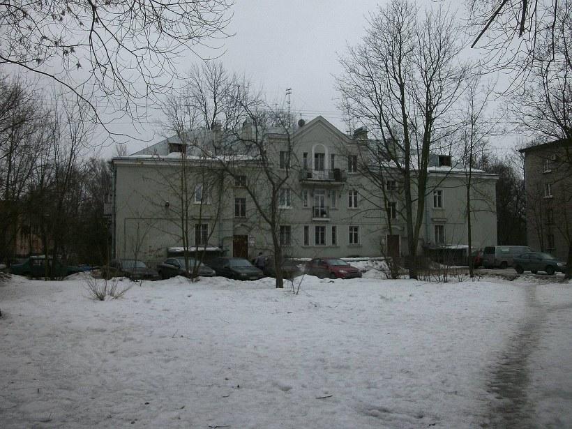 Дибуновская ул. 31