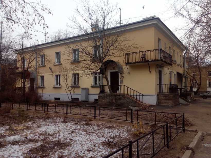 Дибуновская ул. 16
