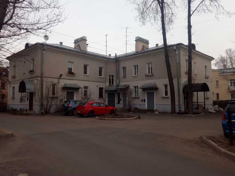 Дибуновская ул. 14