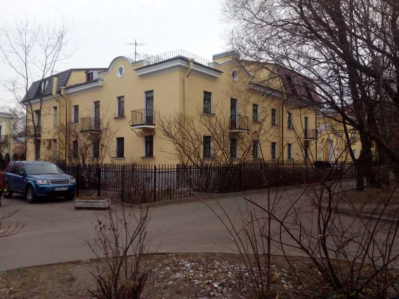 Дибуновская ул. 29