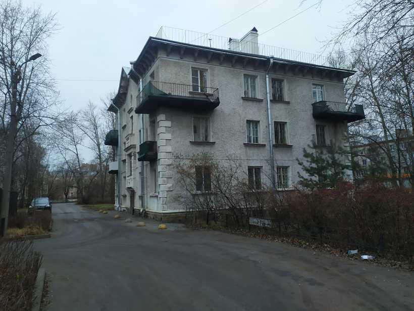 ул. Пограничника Гарькавого 15к1