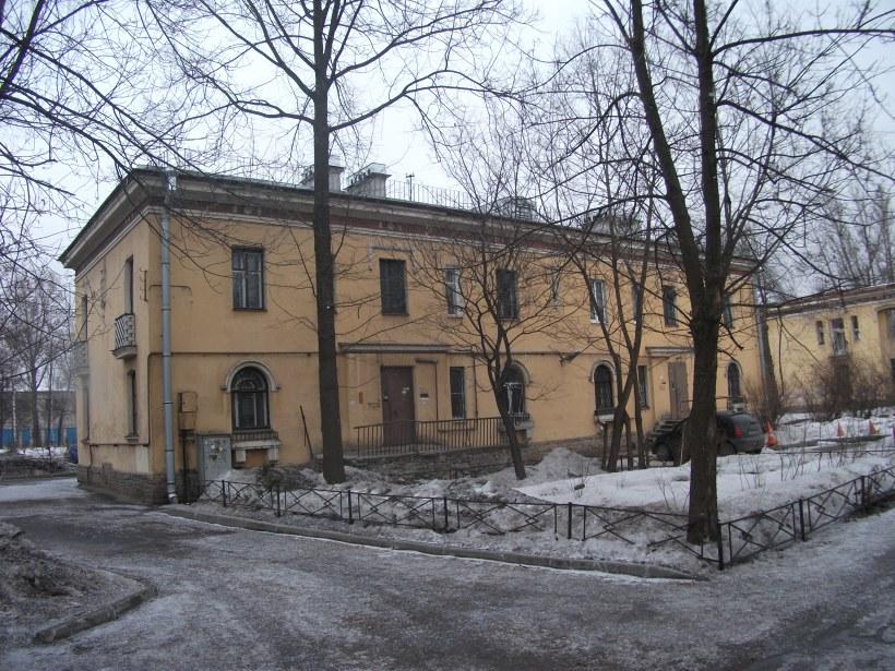 ул. Бабушкина 37