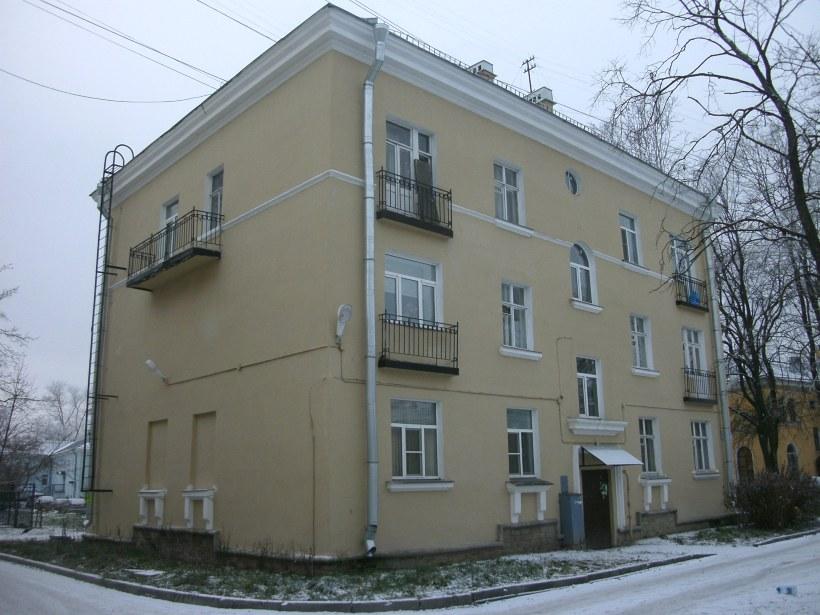 Школьная ул. 13