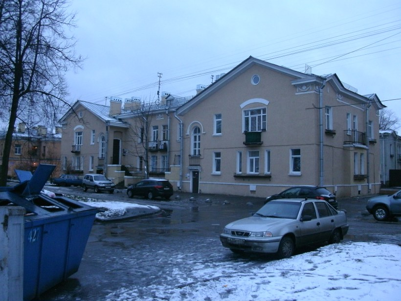 ул. Труда 12