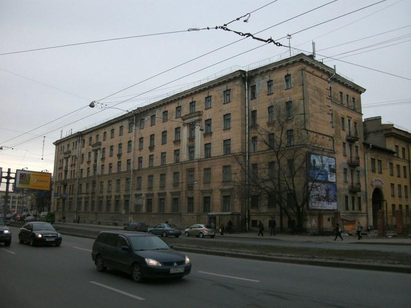 Кантемировская ул. 16