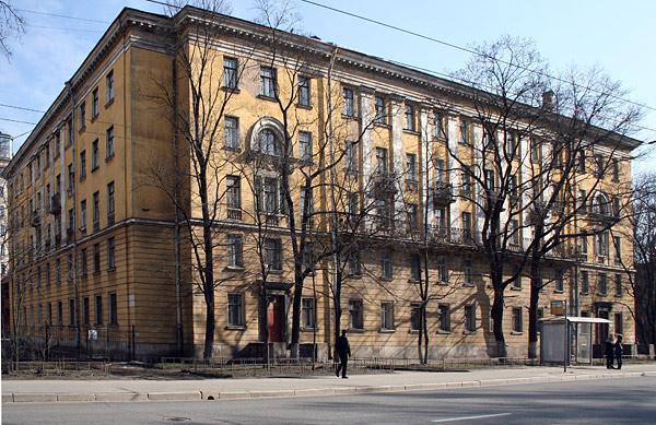 Новороссийская ул. 28