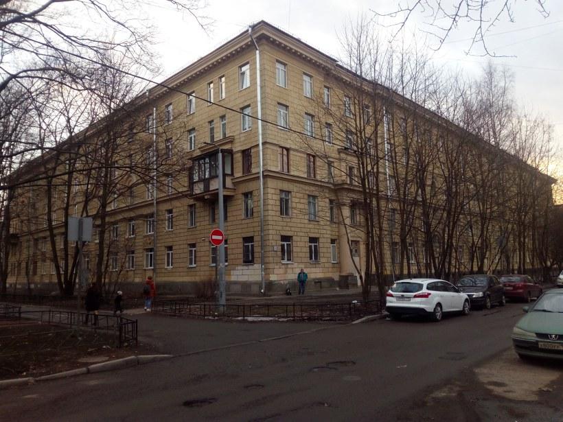 Гданьская ул. 3