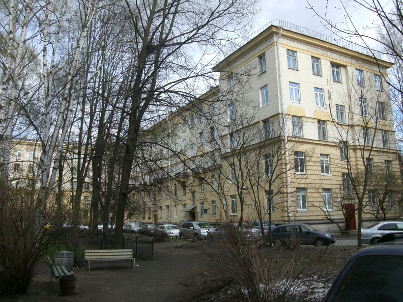 Дрезденская ул. 4