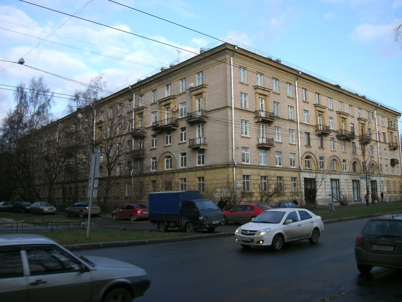 ул. Курчатова 4