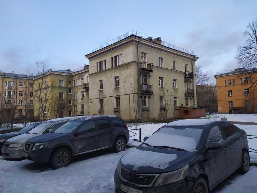 ул. Пинегина 3