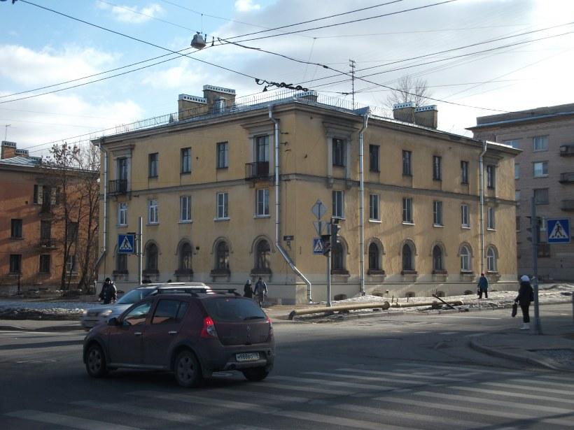 ул. Седова 25