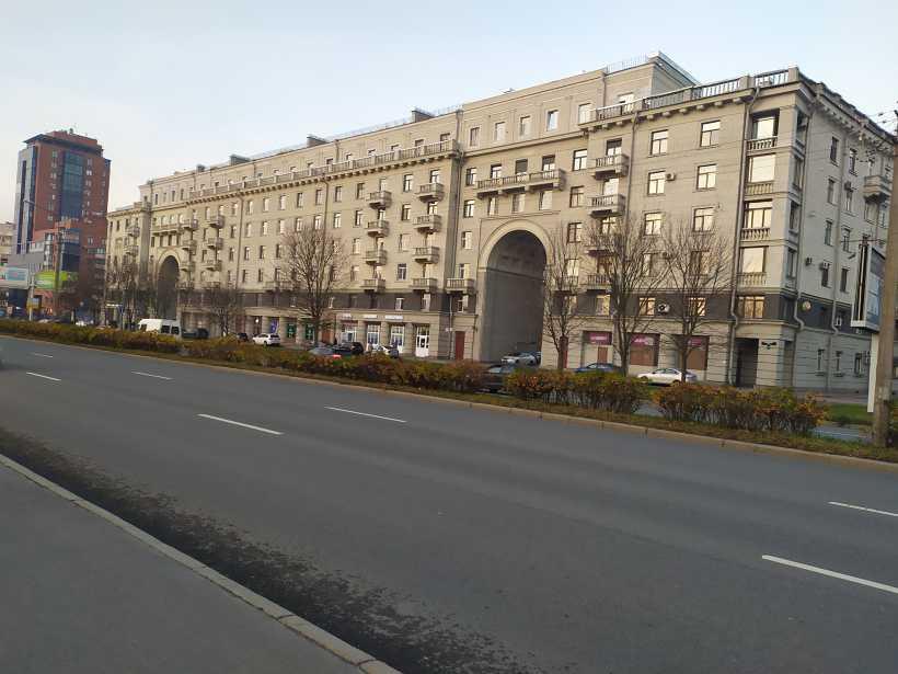 Московское шоссе 14к1