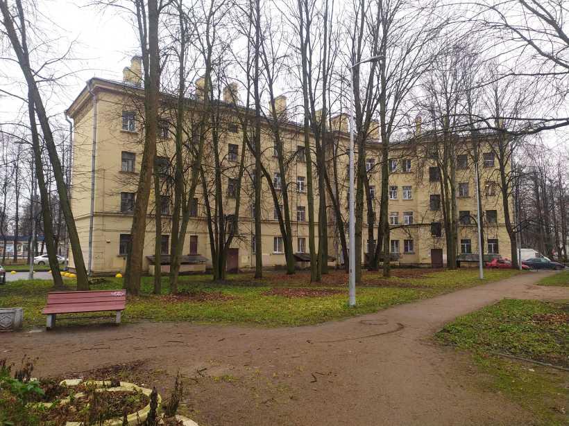Заводская ул. 26