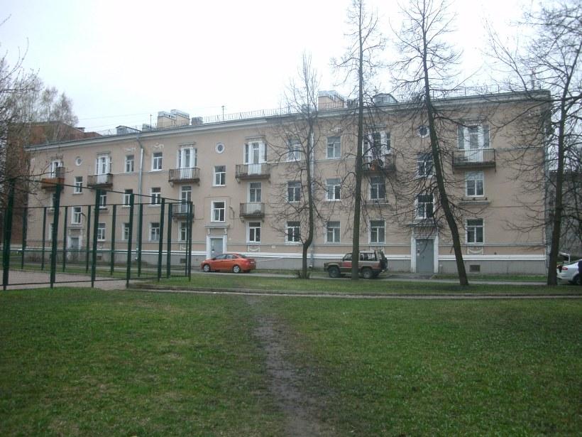 ул. Косинова 9