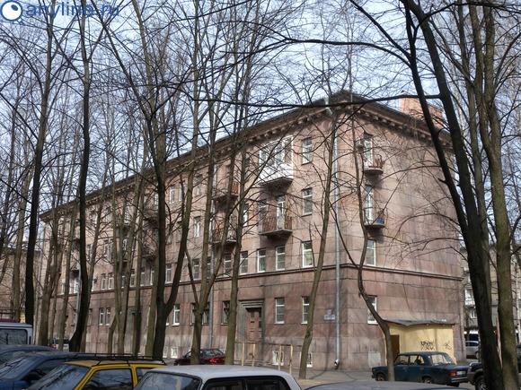 Свеаборгская ул. 21