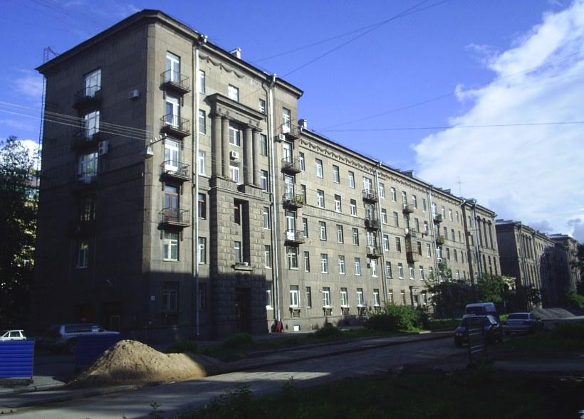 Свеаборгская ул. 13