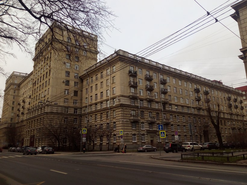 Кузнецовская ул. 44