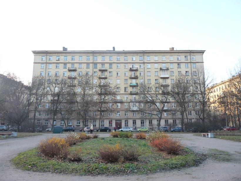 пр. Юрия Гагарина 25