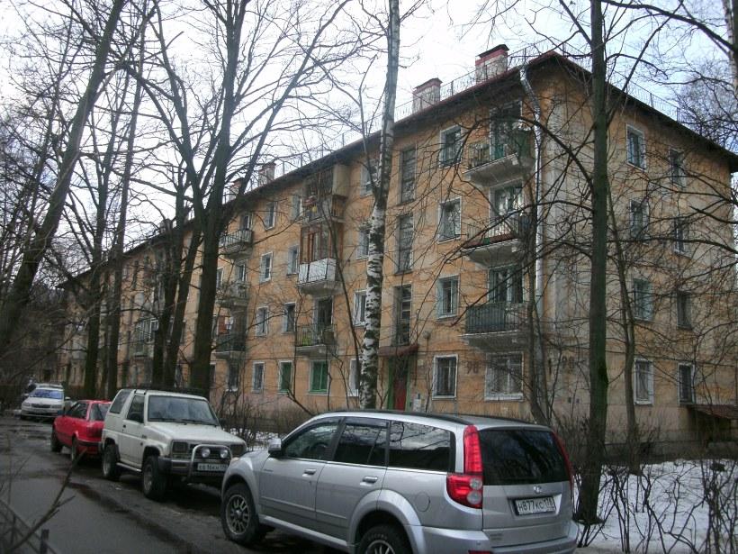 ул. Танкиста Хрустицкого 98