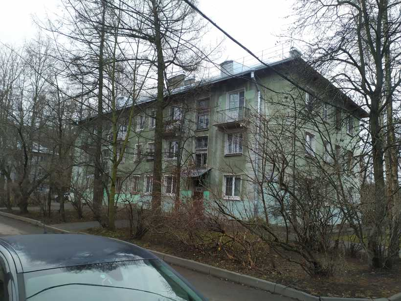 ул. Танкиста Хрустицкого 32