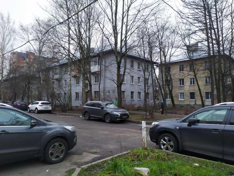 ул. Танкиста Хрустицкого 48