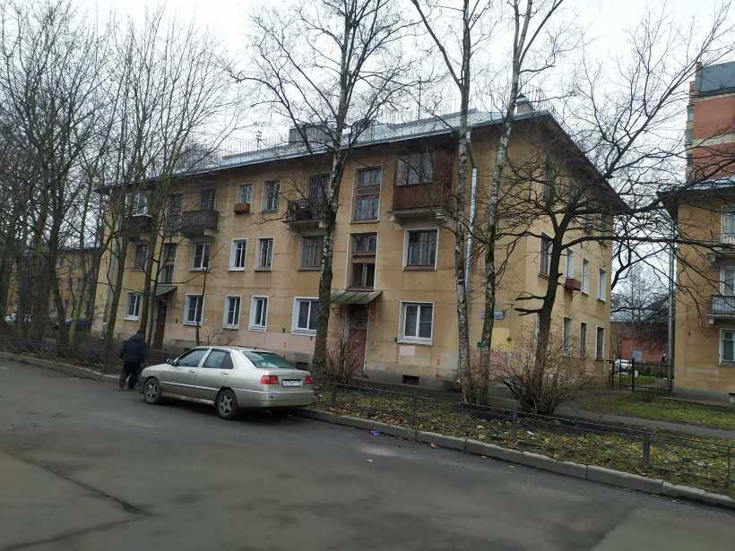 ул. Танкиста Хрустицкого 72