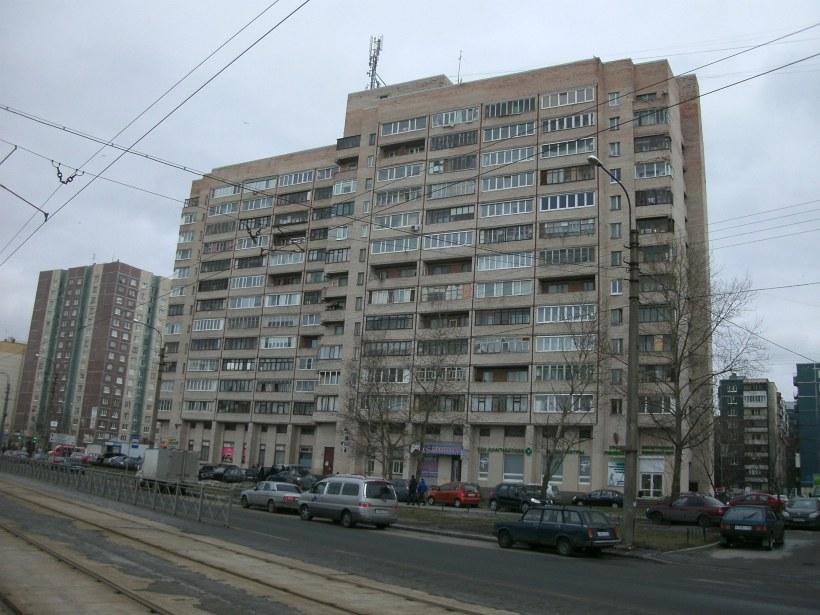 ул. Десантников 24