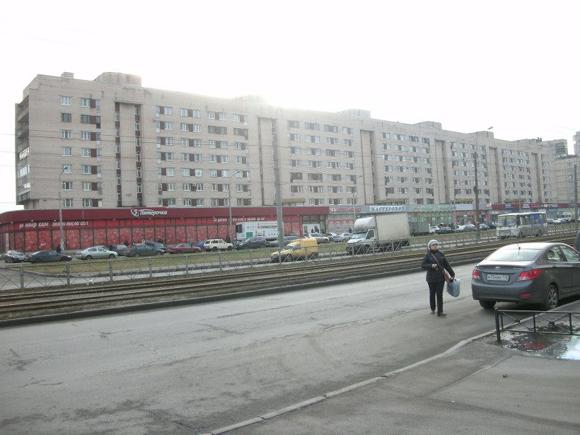 ул. Ярослава Гашека 9