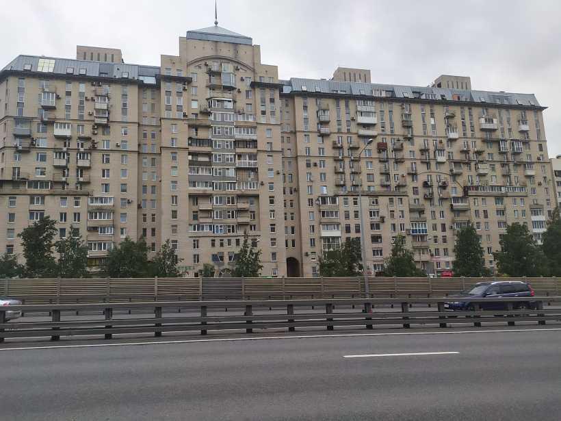 Дунайский пр. 34/Малая Балканской ул. 18