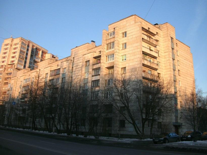 пр. Александровской Фермы 4
