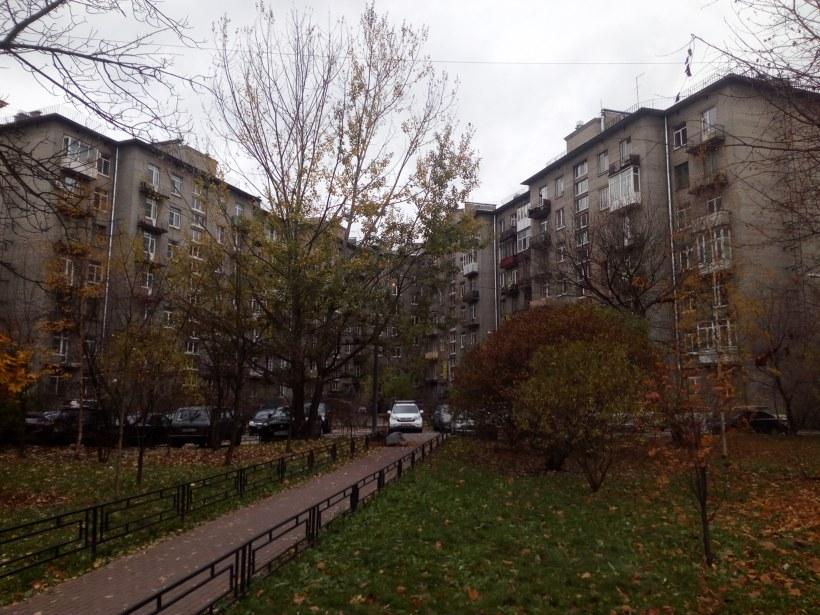 Варшавская ул. 62 /ул. Победы 4