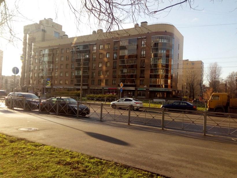Варшавская ул. 43