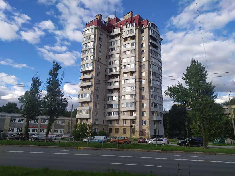 Краснопутиловская ул. 50к2