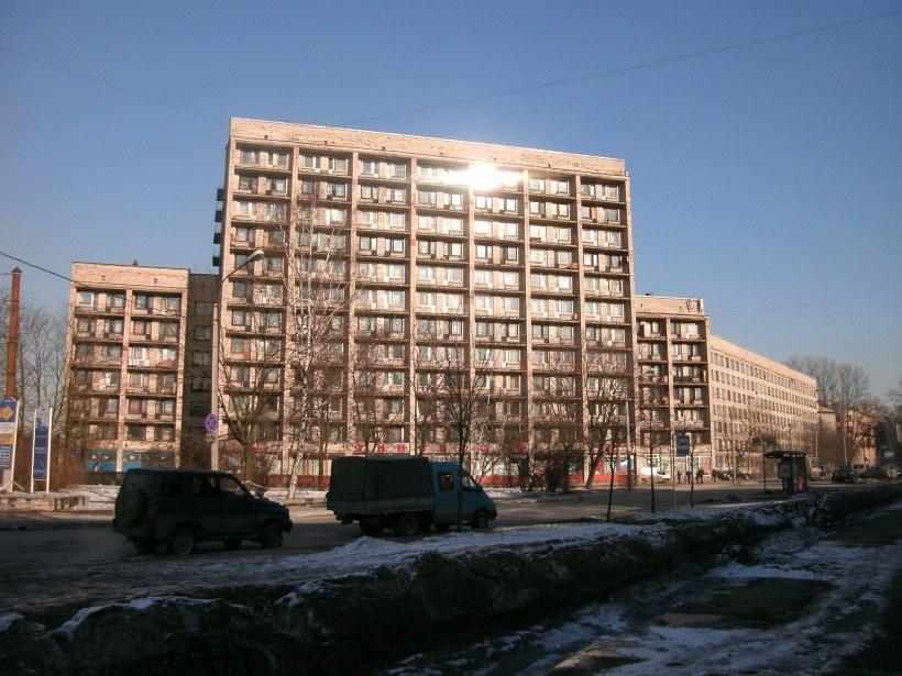 Белоостровская ул. 31