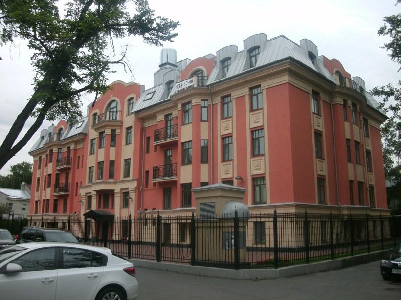 Дибуновская ул. 22