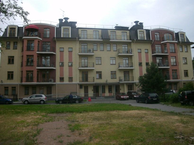 Дибуновская ул. 26