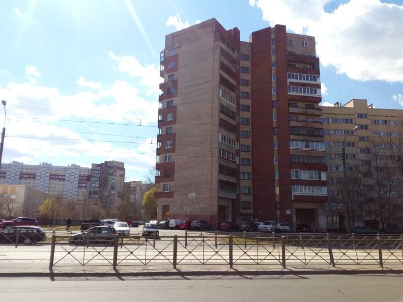 ул. Маршала Казакова 16, парадная 4