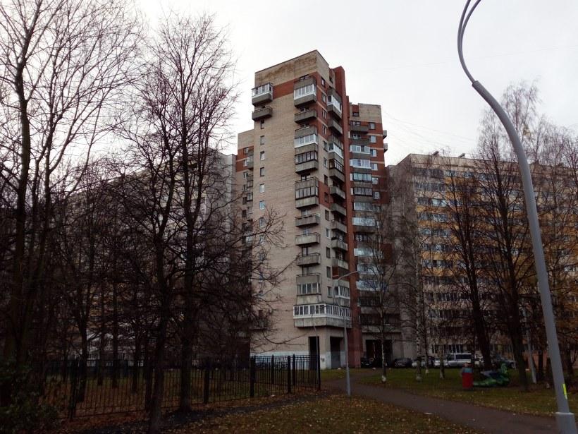 ул. Маршала Казакова 10к1, парадная 10