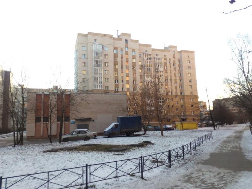 ул. Рихарда Зорге 16