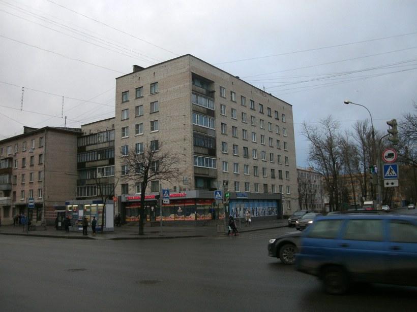 ул. Братьев Радченко 7