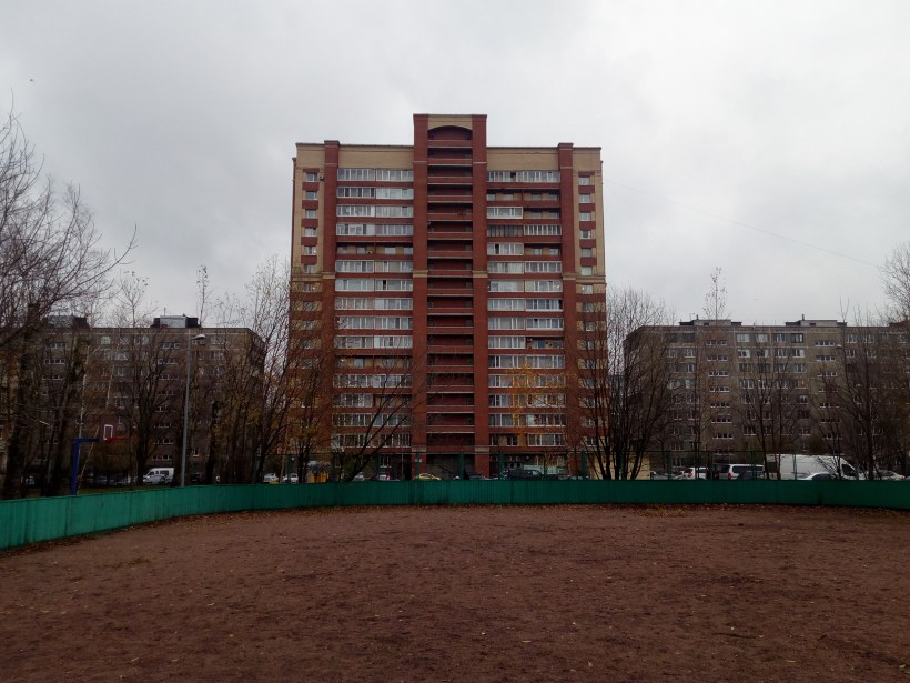 Искровский пр. 23к1