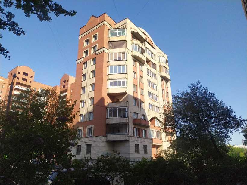 ул. Дыбенко 40к1