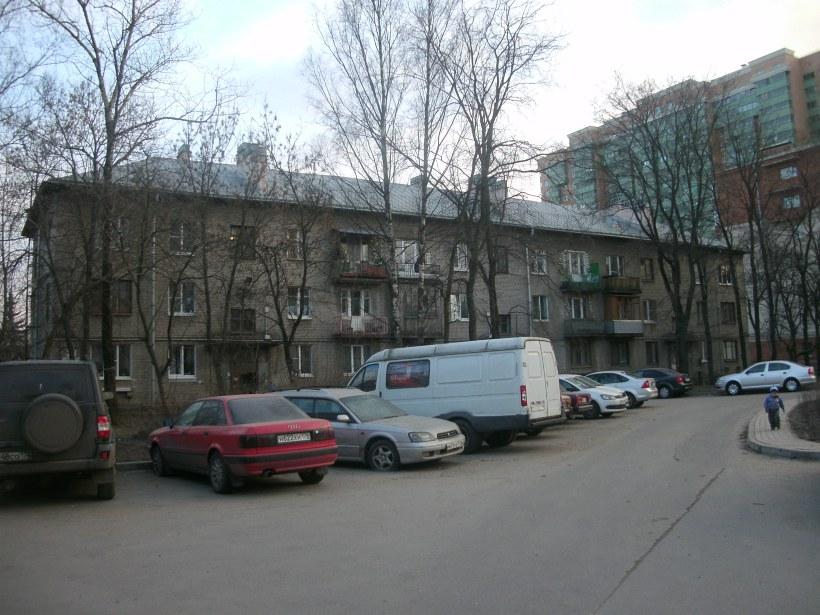 Первомайская ул. 2