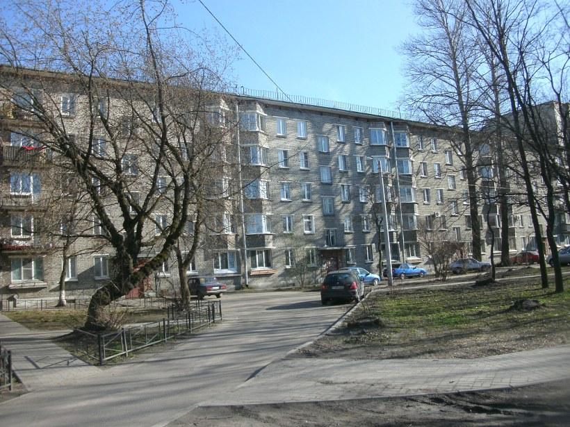ул. Матроса Железняка 1