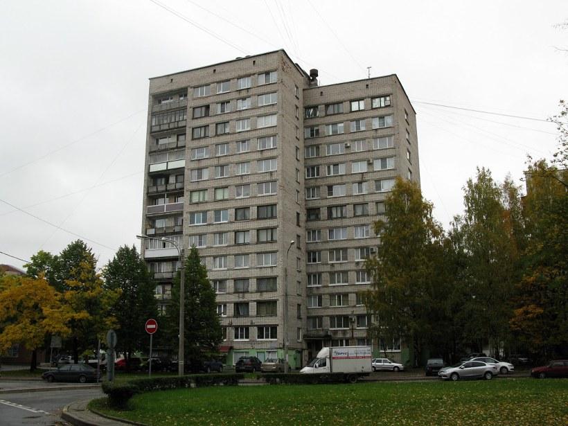 ул. Карпинского 15