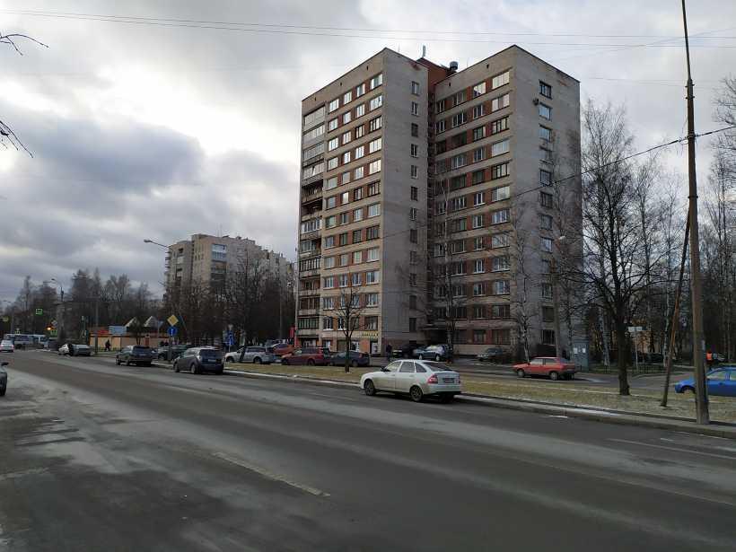 ул. Карпинского 20