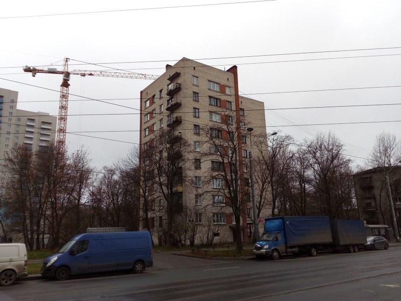 ул. Ленсовета 87к1