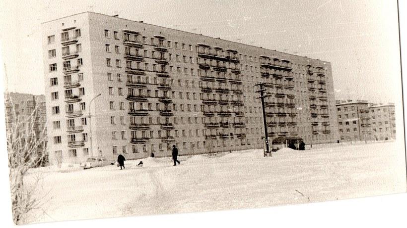 ул. Бутлерова 8